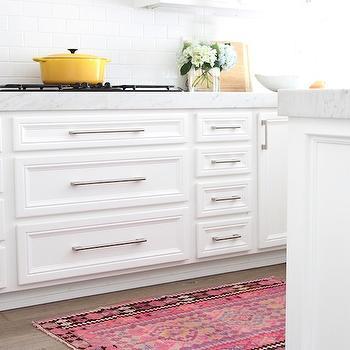 m_kaya-kilims-rug-white-kitchen-pink-kilim-runner
