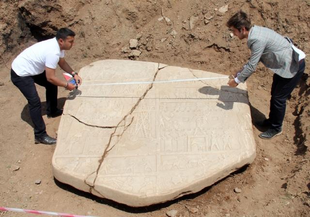 elazig-da-2700-yillik-tarihi-eser-tesadufen-8405703_7437_m